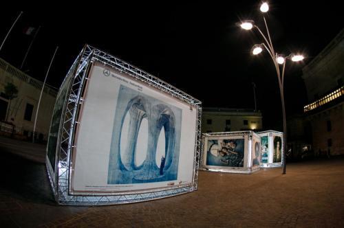 20170526 Setup Show ExhibitionAtNight KurtParis 17